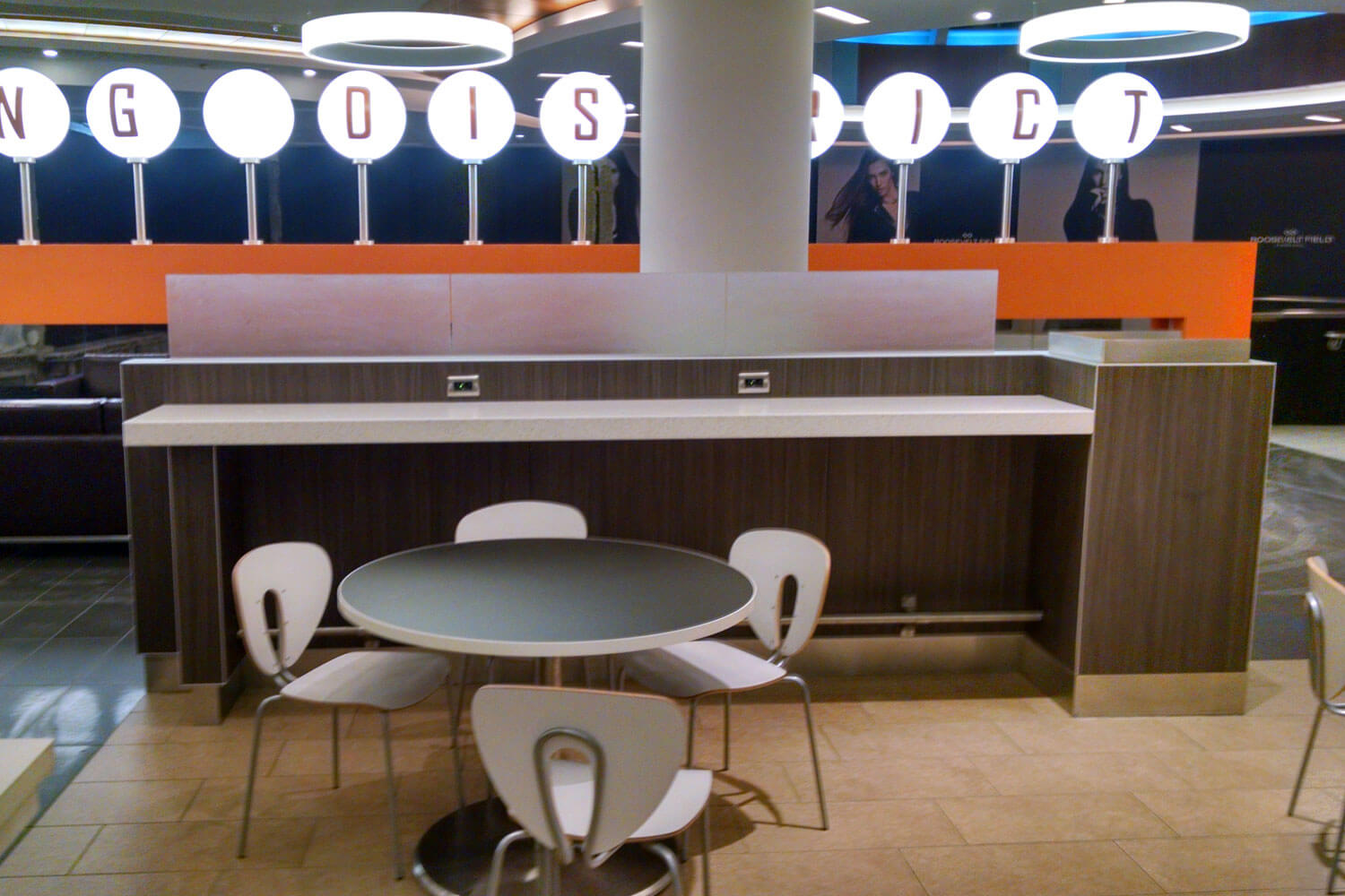 Concepts in Millwork | Roosevelt Mall Dining